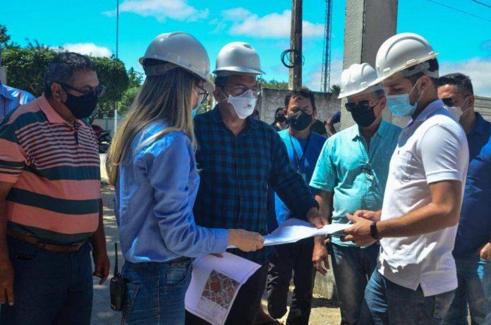 Adriano visita obras em Montadas e Areial e destaca diálogo com João