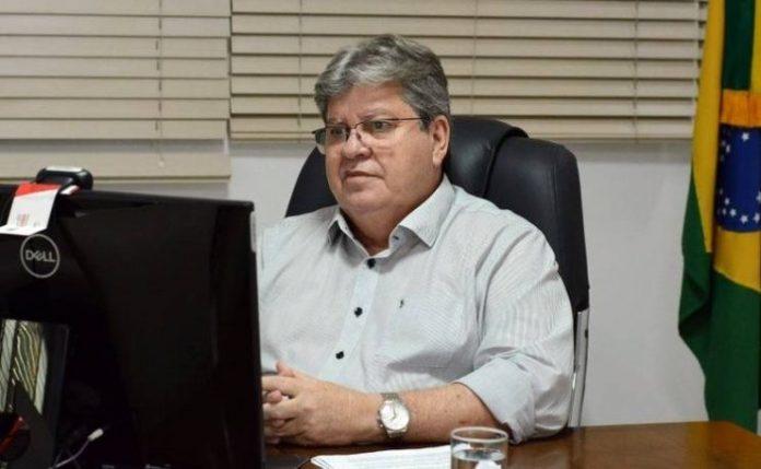 João autoriza conclusão da rede de esgotos do Cidade Verde, em Mangabeira
