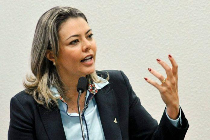 Senadora Leila Barros deixa o PSB e anuncia filiação ao Cidadania