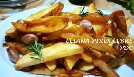 almoco-de-domingo-batata-rustica