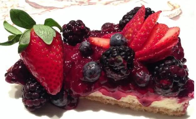 cheesecake-de-frutas-vermelhas