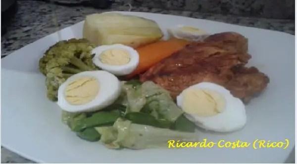 Tem Na Web - Como fazer cozido clássico com peito de frango grelhado (minha versão)!