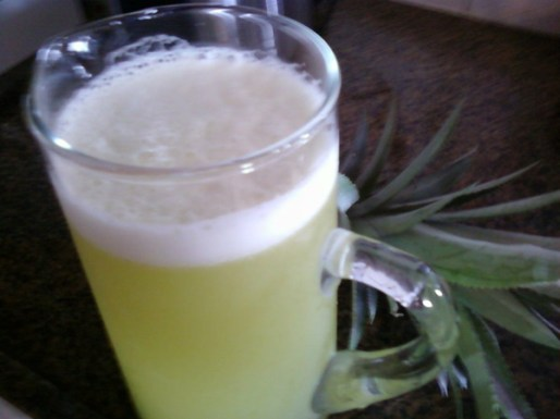 suco-de-casca-de-abacaxi