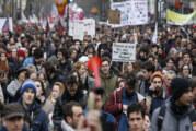 Francia aprobará reforma laboral sin voto del parlamento