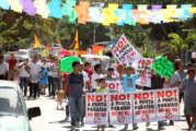 """Manifiestan habitantes de San Pancho, despojo de playa por parte de desarrollo """"Punta Paraíso"""""""