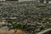 Europa diría adiós a cubiertos y platos de plástico, cotonetes, popotes…