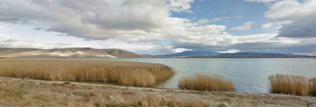λιμνη πετρων