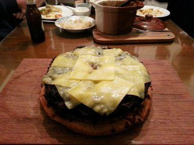 Para crear el burger no podia faltar la carne.