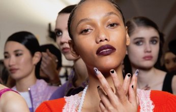 Emilio-Pucci-Fall-2020-Nail-Art-Marquee-landscape-cropped