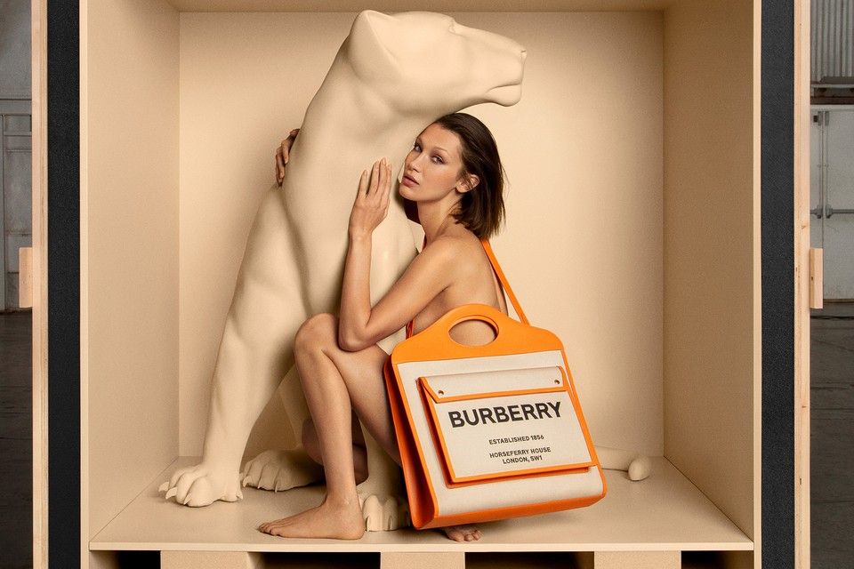 https___hypebeast.com_wp-content_blogs.dir_6_files_2020_08_burberry-pocket-bag-campaign-bella-hadid-riccardo-tisci-0