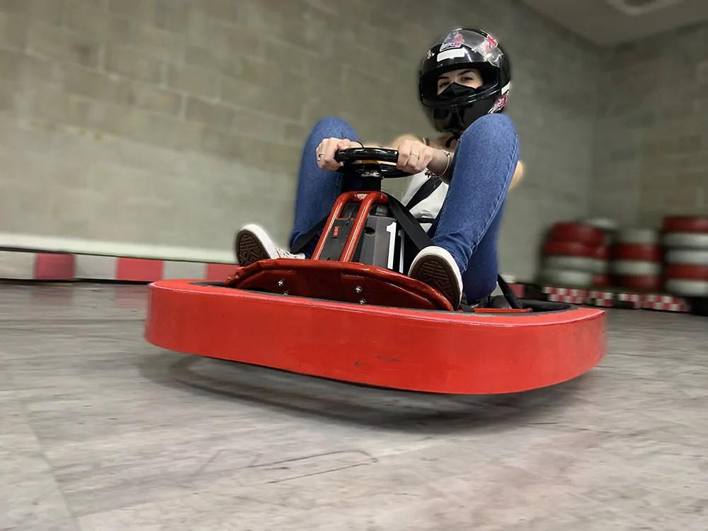 Nas férias de verão, Shopping Mueller tem Circuito de Mini Kart para as crianças