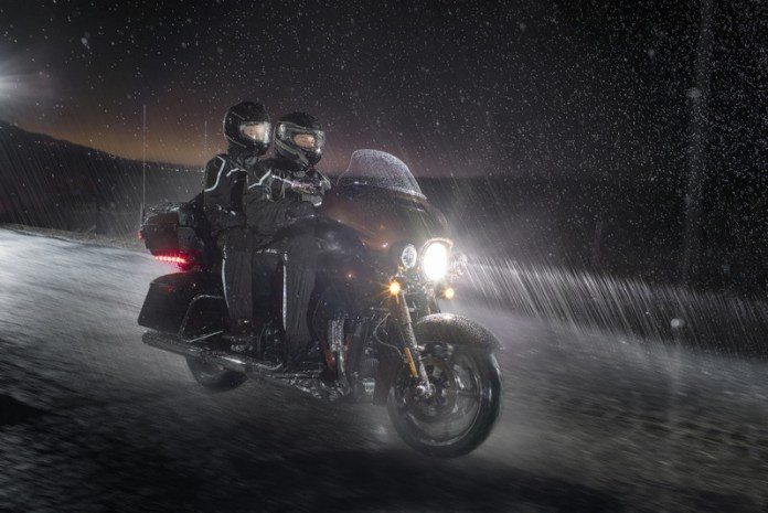 Harley-Davidson do Brasil dá dicas para os motociclistas pilotarem melhor sob mau tempo