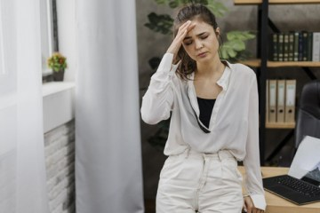 No mês da mulher, INC realiza simpósio sobre dor de cabeça com foco no público feminino