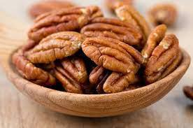 Dieta enriquecida com noz-pecã é capaz de reduzir o colesterol, mostra estudo recente