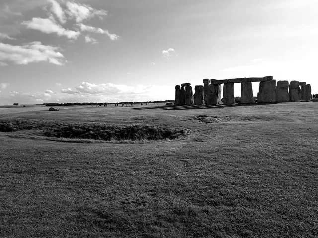Stonehenge|  Folklore and Ghosts!