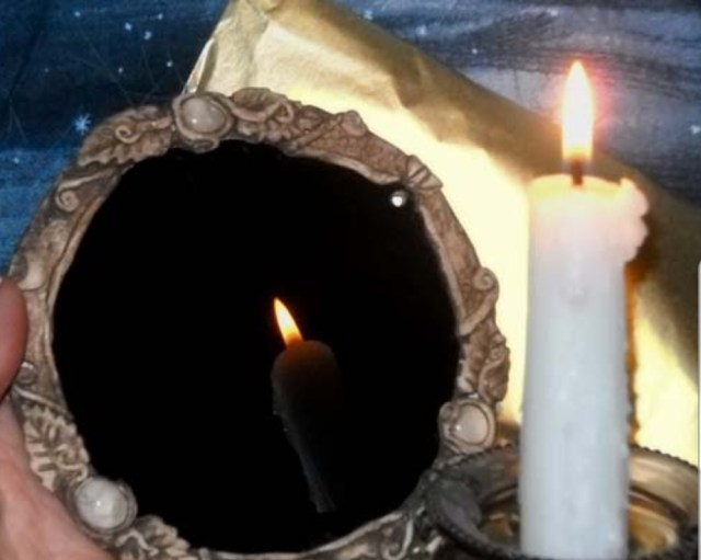 We Tried some Dark Mirror Scrying! | Make your own to TRY!