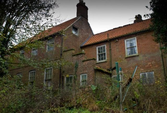 The MYSTERY Manor House AKA Manna House  Urban Explore