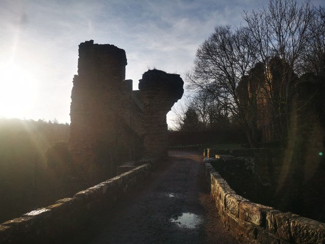 Rosslin Castle Hauntings and history