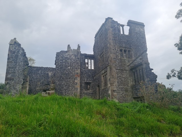 THROWLEY OLD HALL – A Stormy Haunting