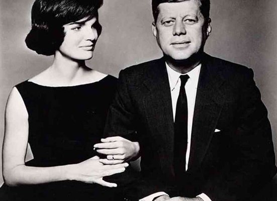 JFK assassiné à cause des OVNIS ?