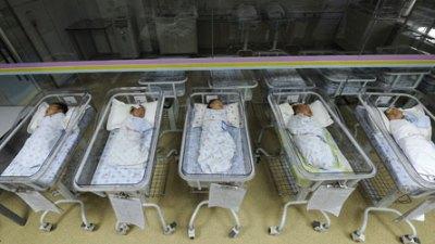 Insolite: Un bébé déclaré «mort» se réveille avant son incinération