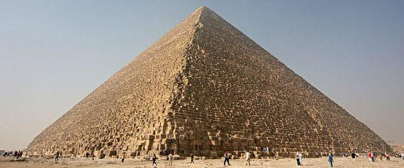 Des archéologues allemands vandalisent la pyramide de Khéops