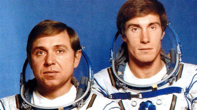 Deux cosmonautes presque oubliés dans l'espace