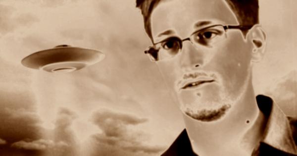 Edward Snowden commence à dévoiler des dossiers secrets concernant les Aliens ?