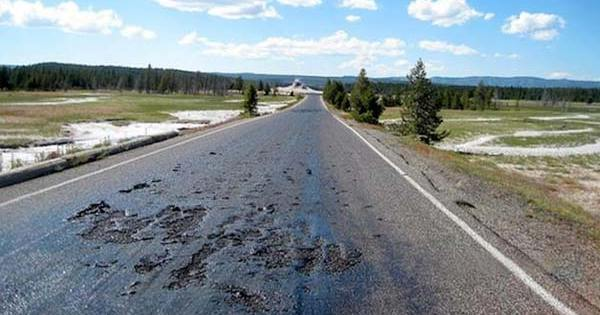 Fermeture de Yellowstone! Les routes fondent!