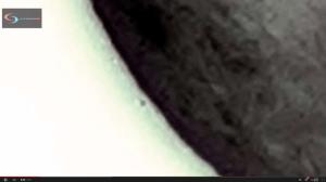 Un OVNI qui décolle de la Lune intrigue la toile