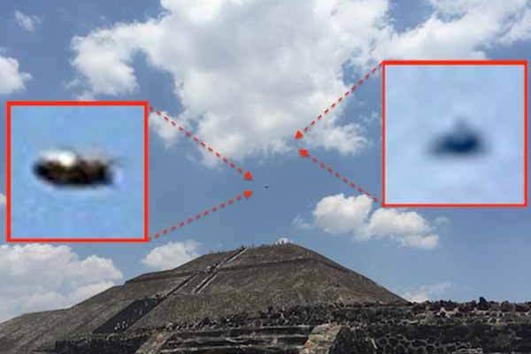 Deux OVNIs survolent la Pyramide du Soleil au Mexique