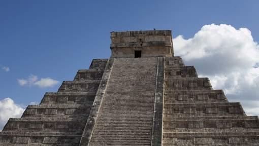 Une pyramide de Chichén Itzá risque de s'effondrer