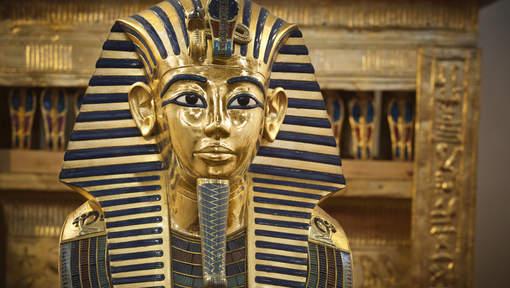 Louxor: Certainement 2 chambres secrètes derrière le tombeau de Toutankhamon