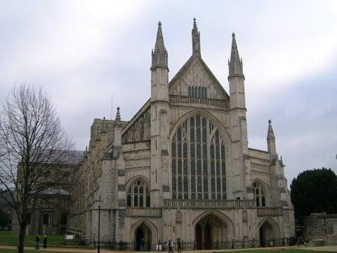 La légende de Saint Swithin - Le sauvetage d'une cathédrale