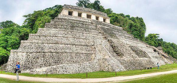 Un ado a trouvé une cité maya grâce aux constellations