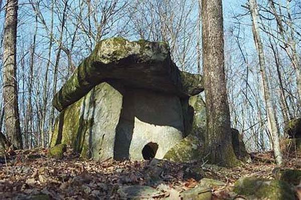 Des monuments vieux de 25,000 ans découverts en Russie