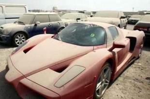 La police de Dubai a découvert près de 3000 voitures de luxe abandonnées pour des raisons très étranges