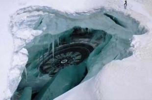 Vidéo: Antarctique, Une guerre entre Ovnis a lieu