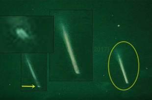 Vidéo: Un gigantesque faisceau de lumière a été tiré en haute altitude à Melbourne, Australie