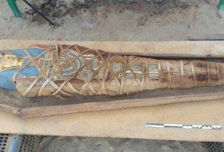 Une nouvelle momie découverte par des archéologues en Égypte