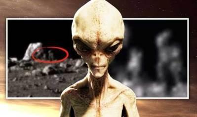 Vidéo: De la vie sur la LUNE ? Un extraterrestre qui 'porte un sac à dos' repéré sur la surface lunaire par la sonde Chinoise !