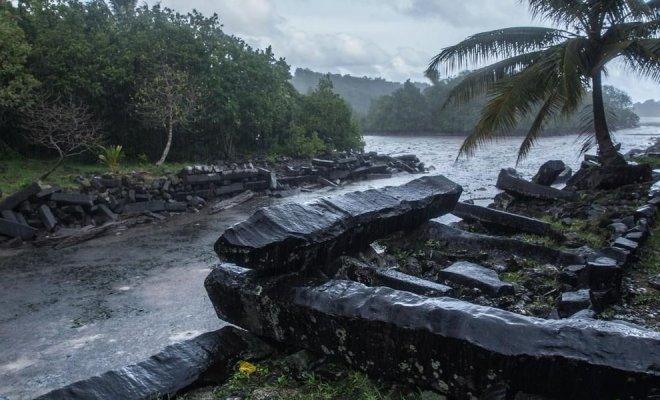 Vidéo: Une ville engloutie découverte au beau milieu de l'océan