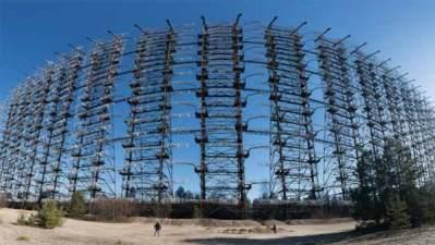Vidéo: Cette installation russe a été utilisée pour abattre des vaisseaux spatiaux extraterrestres