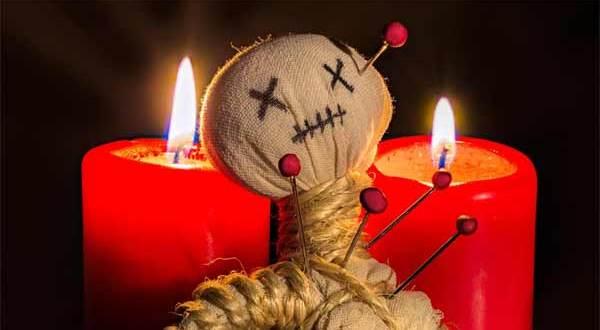 Un rituel vaudou dans une maternité dégénère, une jeune mère menacée de mort
