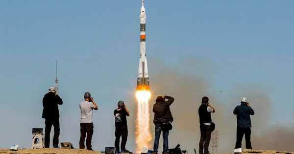 Atterrissage d'urgence pour deux astronautes après une défaillance de la fusée Soyouz
