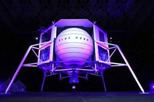 """Blue Origin de Jeff Bezos posera des humains à la LUNE d'ici 2024 """"et cette fois ils y resteront"""" 12 mai 2019 FacebookTwitterPinterestWhatsAppTumblrEmailVKPartager Blue Origin de Jeff Bezos posera des humains à la LUNE d'ici 2024 """"et cette fois ils y resteront"""""""