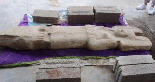 Une statue préhispanique en roche calcaire mise au jour au Mexique