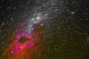 Selon un astronome, les débris spatiaux rendent littéralement le ciel plus lumineux
