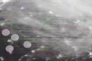 Des OVNIS en formation triangulaire auraient été filmés par l'ISS