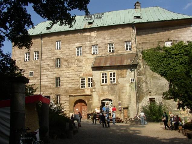 Castle_Houska.jpg
